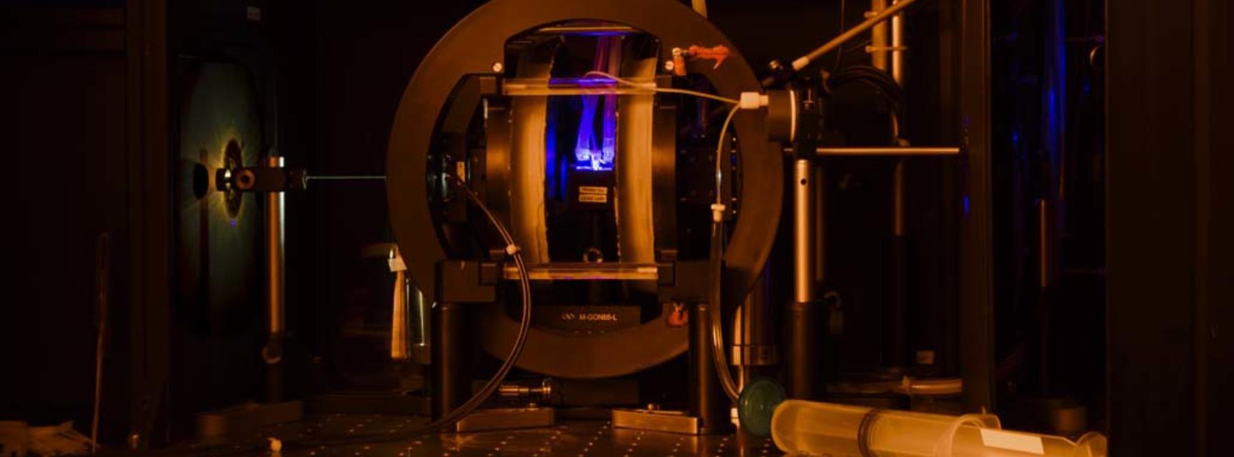 Photo of Broadband Cavity Enhanced Absorption Spectroscopy