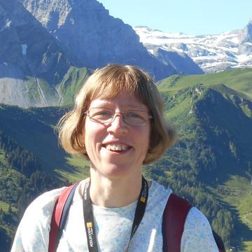 Photo of Lorna Smith