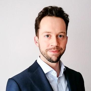 Photo of Volker Deringer